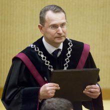 Ukrainoje apvogtas Lietuvos Konstitucinio Teismo pirmininkas D. Žalimas