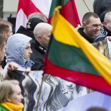 Apie tūkstantis žmonių žygiavo tautininkų eitynėse Vilniuje