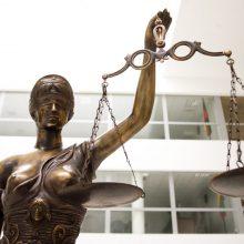 Teismas: dėl šlapinimosi viešoje vietoje prokurorė I. Žukaitė atleista pagrįstai