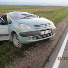 Šeimos kelionė automobiliu baigėsi avarija