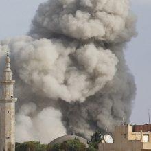 """Ar pasiekusi """"pergalę"""" Sirijos kare Maskva gali užtikrinti taiką?"""