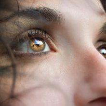 Sutrikusią organizmo veiklą išduoda net trūkčiojanti kairė akis