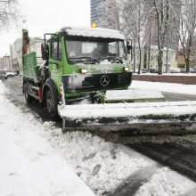 """Ecoservice Klaipėda"" įspėja: gatvėse žiema dar nesibaigė"