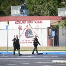 Kalifornijoje – šaudynės mokykloje, yra sužeistųjų