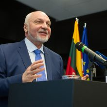 V. Mazuronis paskelbė rinkimų programą: koks žada būti prezidentas?