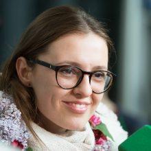 I. Zasimauskaitė grįžo į Lietuvą:  jos laukia plokštainis pas anytą