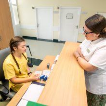 Galimybė: Kauno klinikose savanoriai padeda personalui bei pacientams ir jų artimiesiems.