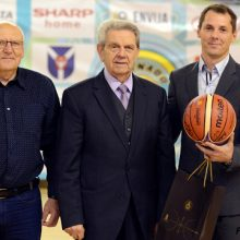 Krepšinio mokyklai pagyrų negaili ir V. Garastas
