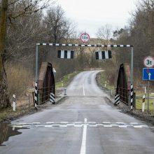 Priminimas: eismas per Vokės tiltą nukreipiamas apylanka