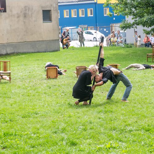 Netikėtumų festivalyje pasirodė cirko artistai  © Vilmanto Raupelio nuotr.