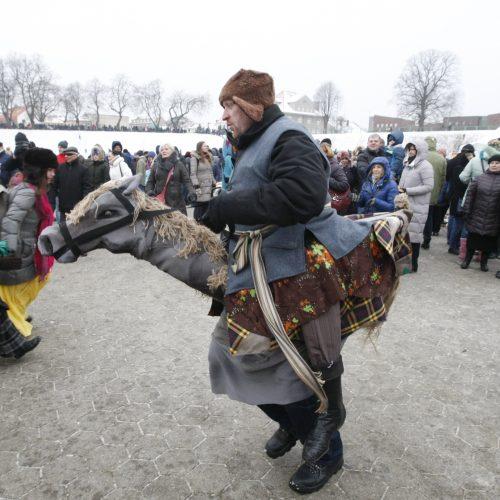 Klaipėdiečiai nenusižengė tradicijoms: per Užgavėnes išdykavo ir sudegino Morę  © Vytauto Liaudanskio nuotr.