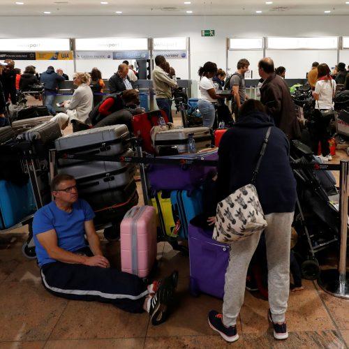 Spontaniškas streikas Briuselio oro uoste  © Scanpix nuotr.