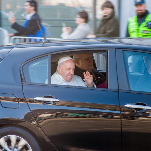 Popiežius Pranciškus atvyko į Kauną