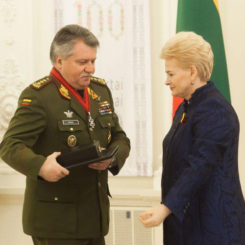 Apdovanojimai už nuopelnus Lietuvai