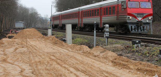 Prie Palemono traukinys mirtinai sužalojo berniuką
