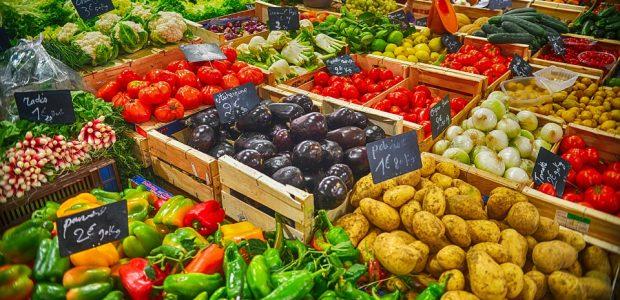 Pasaulinės mitybos tendencijos: geriau brangiau ir mažiau