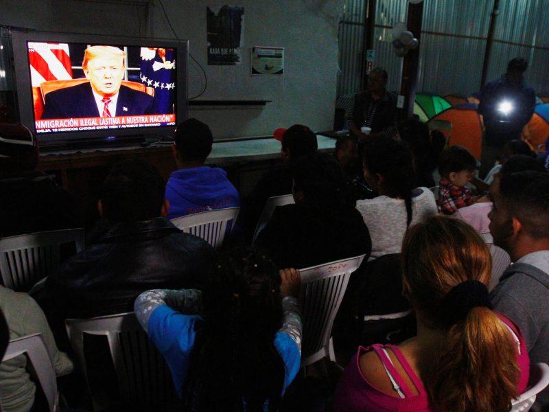 D. Trumpas reikalauja 5,7 mlrd. dolerių tvoros Meksikos pasienyje statybai