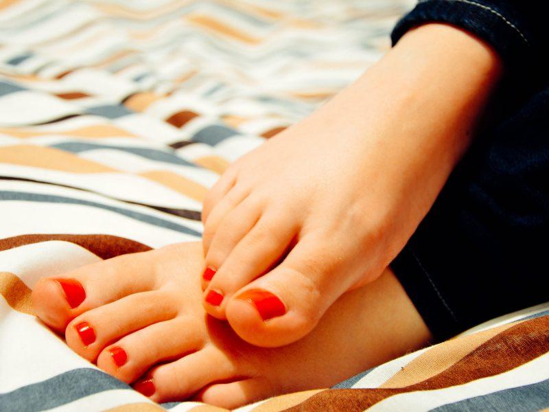 Dailesnėms kojoms – pėdų mankšta