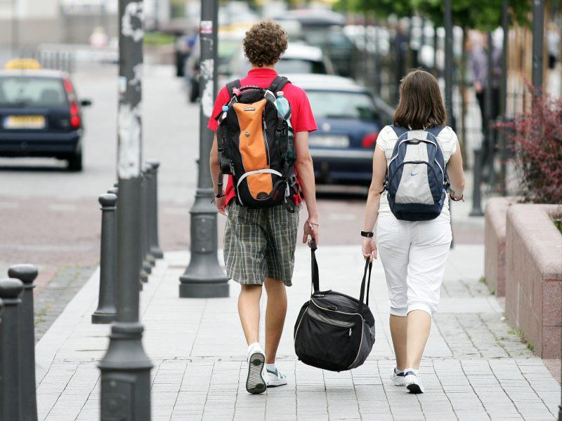 Naujausia statistika džiugina: emigracija sumažėjo beveik ketvirtadaliu