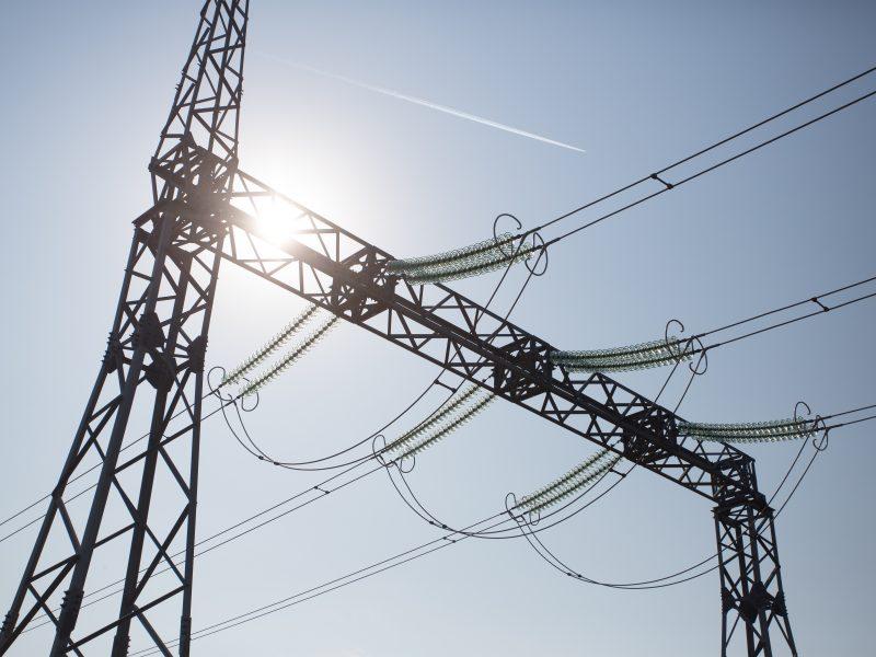 Ramūs orai augino elektros kainą Baltijos šalyse