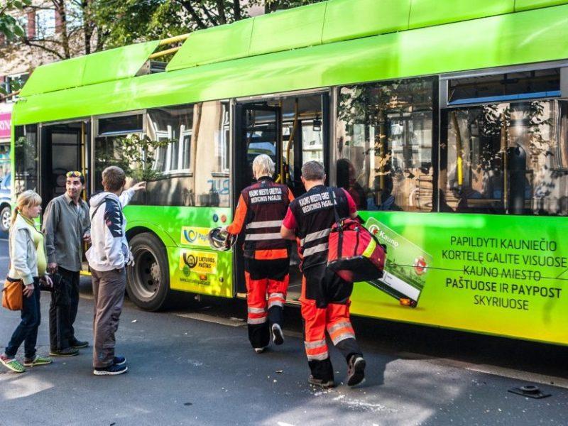 Po skaudžios nelaimės Kauno troleibuse – bendrovės komentaras