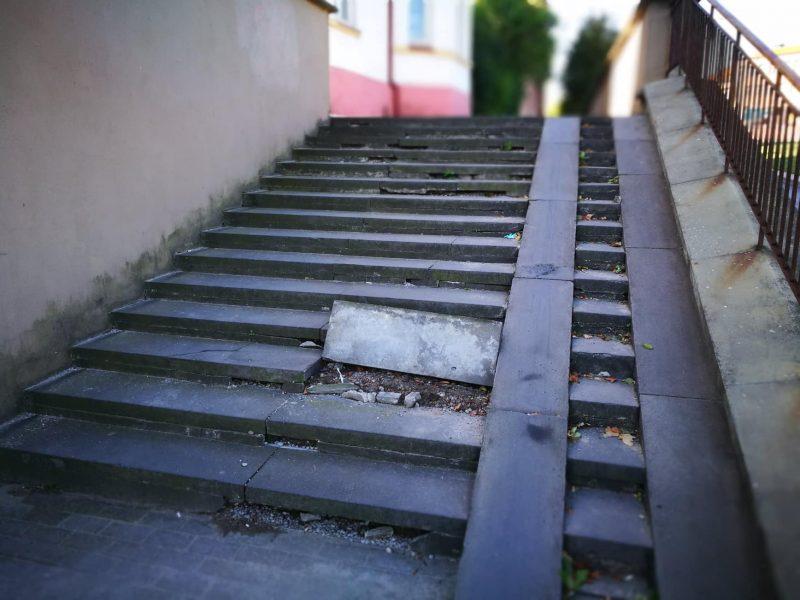 Laiptai klaipėdiečiams kelia pavojų