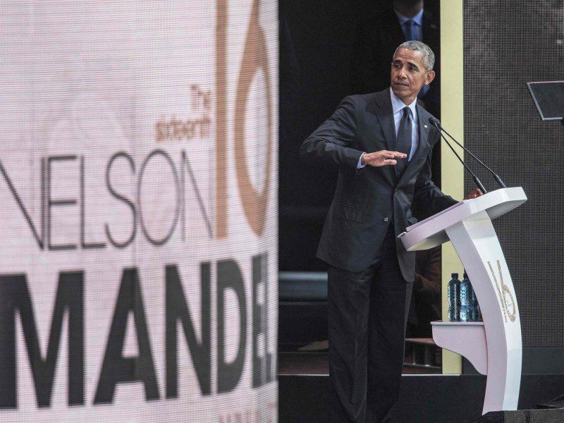 B. Obama N. Mandelos atminimui skirtoje kalboje netiesiogiai papriekaištavo D.Trumpui
