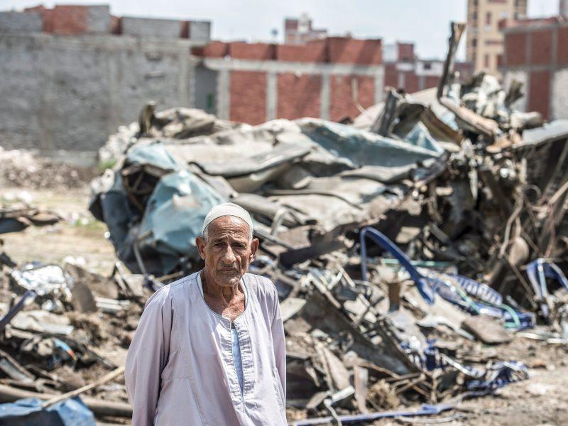 Traukinio katastrofos Egipte aukų skaičius išaugo iki 41