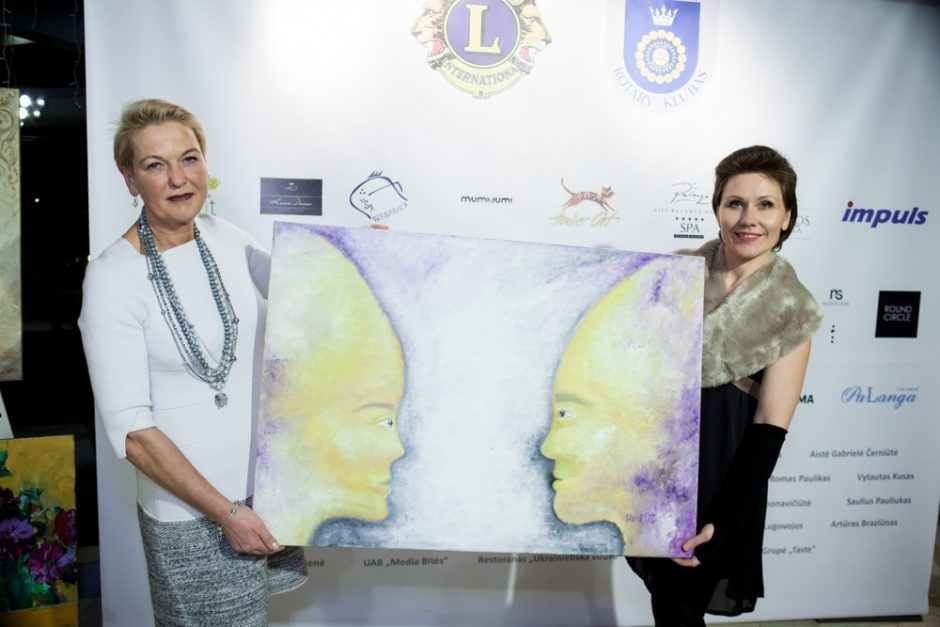 Labdaros vakaras Palangoje – su meno kūrinių aukcionu ir mados kolekcijomis
