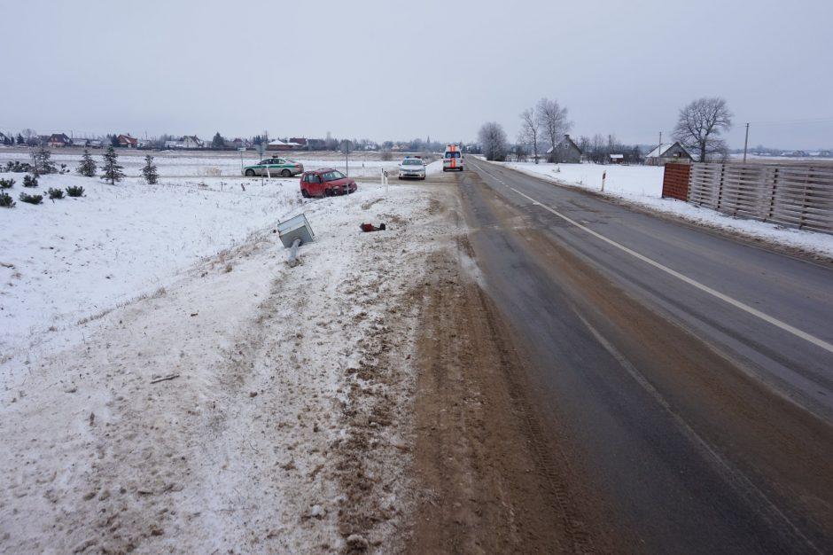 Klaipėdos rajone automobiliui nuvažiavus nuo kelio mirė vairuotojas