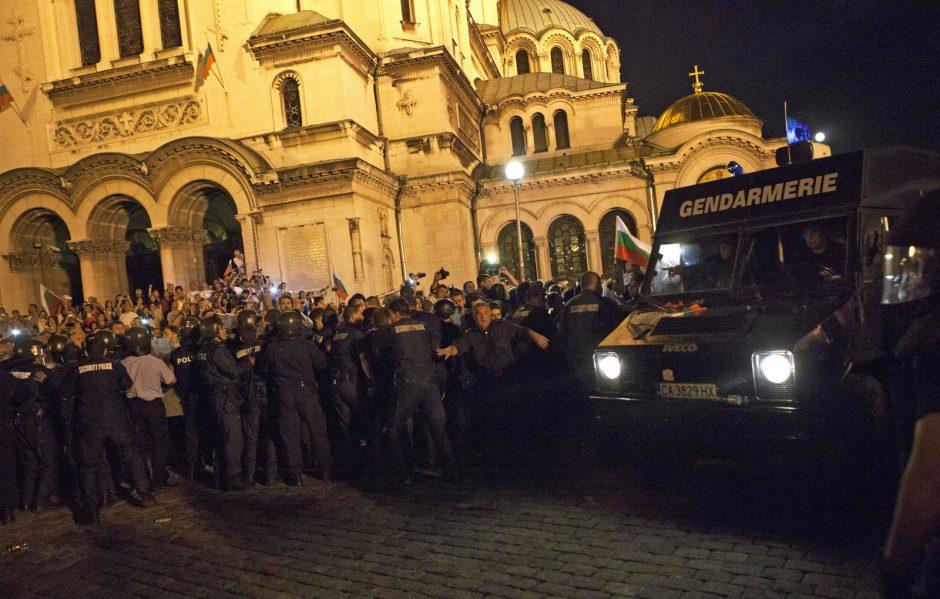 Per protestus Bulgarijoje sužeista 20 žmonių