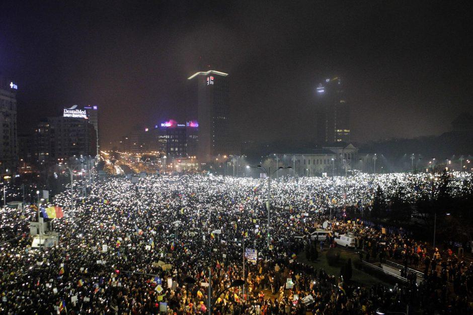 Buvusi Rumunijos ministrė apie įvykius šalyje: protestuotojai teisūs