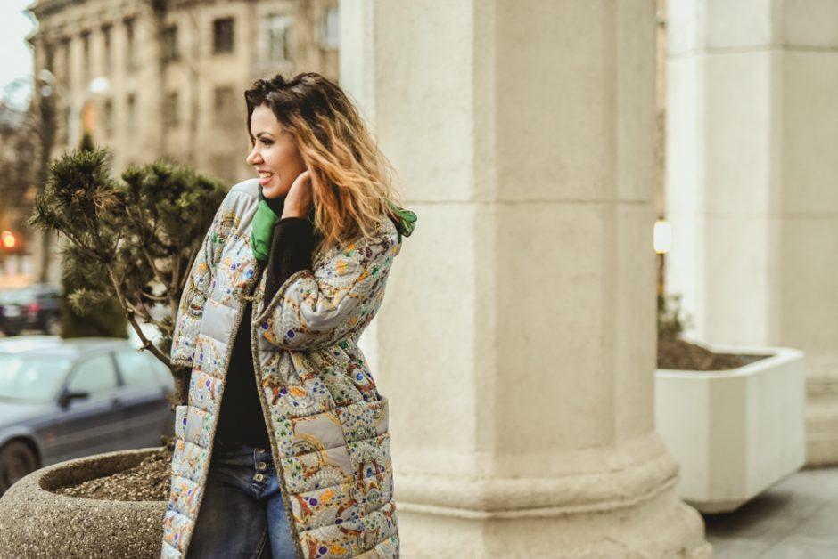 Atlikėja I. Launikonytė paltus keičia pagal nuotaiką