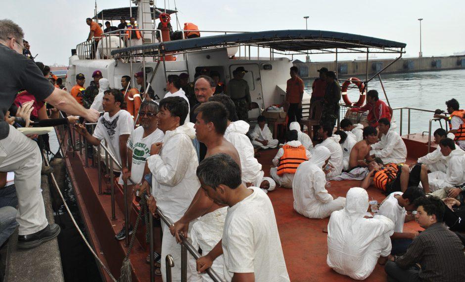 Laivais atplaukusiems neteisėtiems migrantams Australija užtrenkė duris