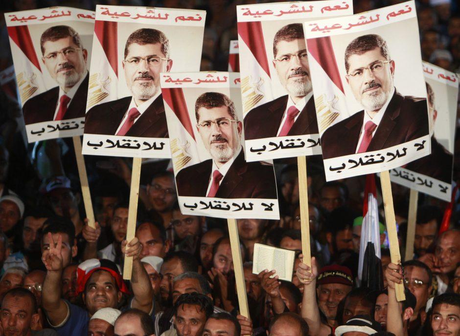 Egipto prezidentūra laiko nesėkmingu užsienio tarpininkavimą derybose su politiniais oponentais