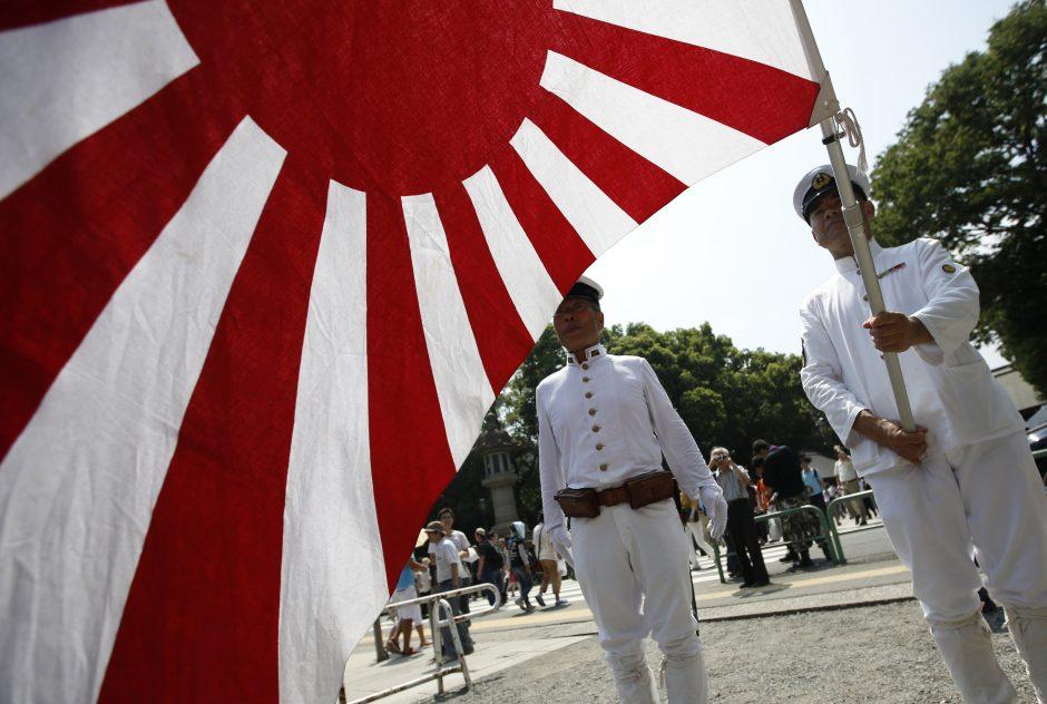 Japonijos ambasadoriui – griežtas Kinijos skundas dėl apsilankymo šventovėje