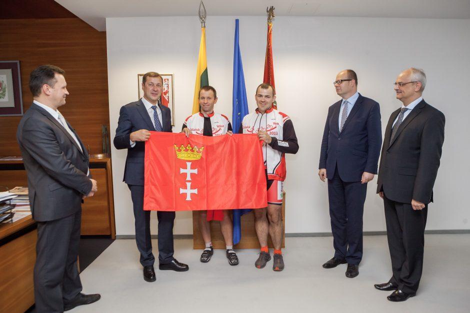 Gdansko miesto delegacija Vilnių pasiekė dviračiais