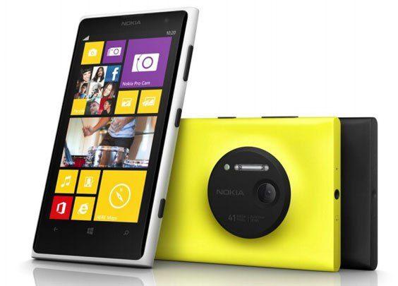 """""""Nokia"""" oficialiai pristatė gandais apipintą """"Lumia 1020"""" išmanųjį telefoną"""