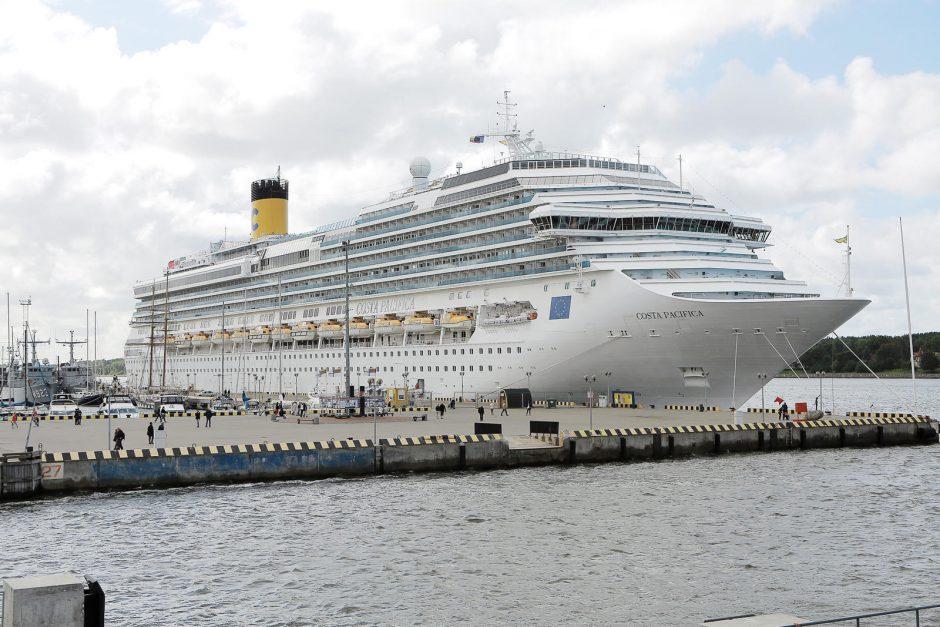 """Klaipėdoje – paskutinė jūrų milžino """"Costa Pacifica"""" viešnagė"""
