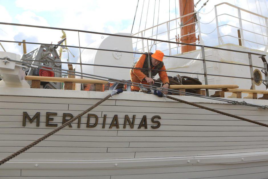 """""""Meridianas"""" ruošiasi namo"""