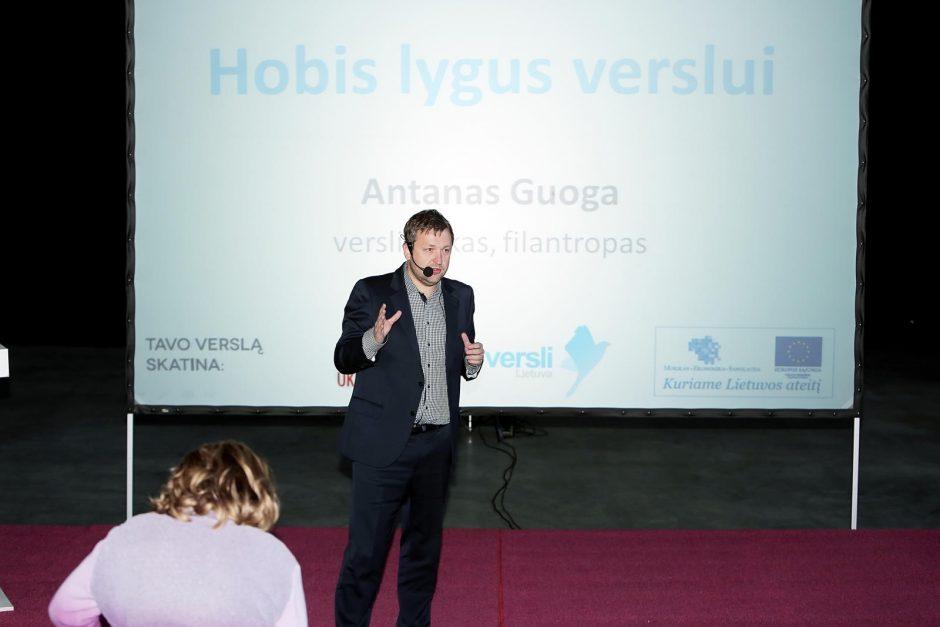 """Klaipėdos jaunimui – verslo """"ryklių"""" patarimai"""