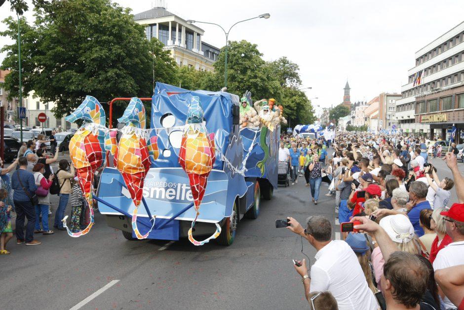 Miesto gatvėmis nuvilnijo Jūros šventės eisena