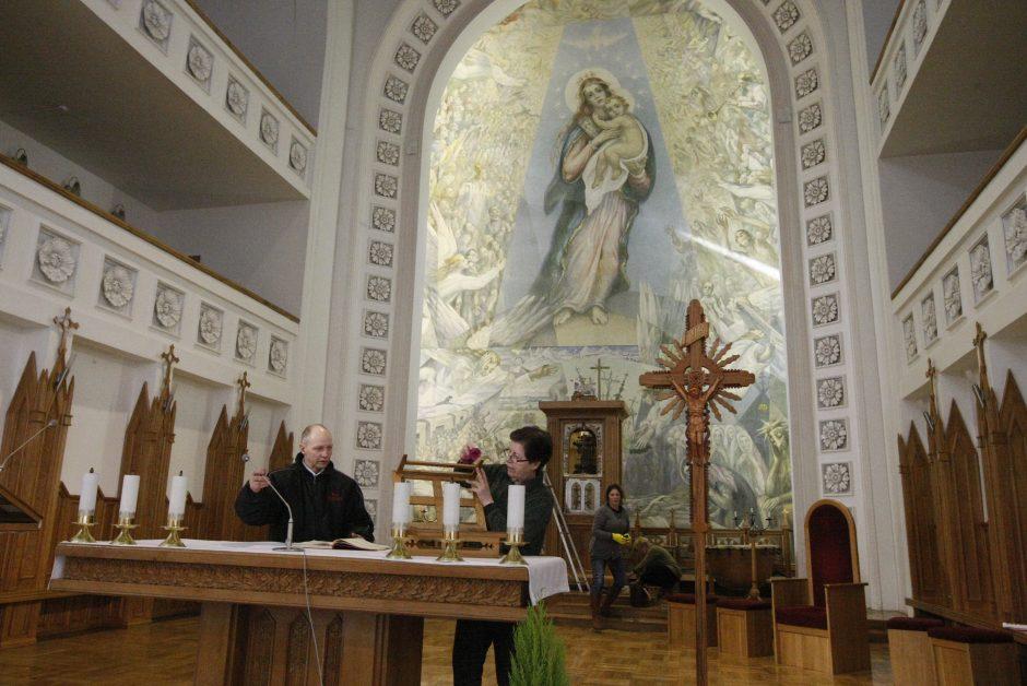 Marijos Taikos Karalienės bažnyčioje – talka