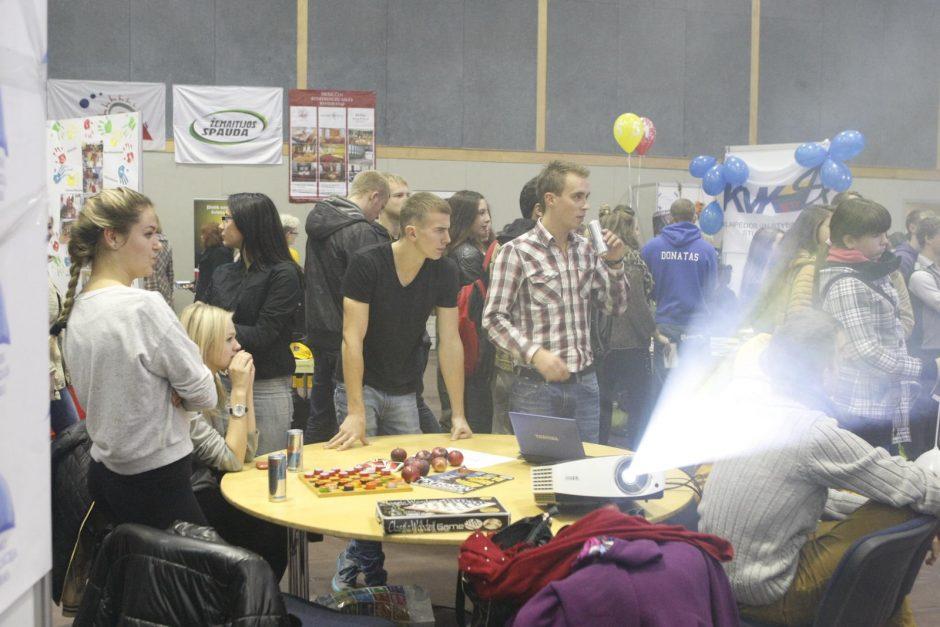 Jaunimo mugėje Klaipėdoje – tūkstančiai lankytojų