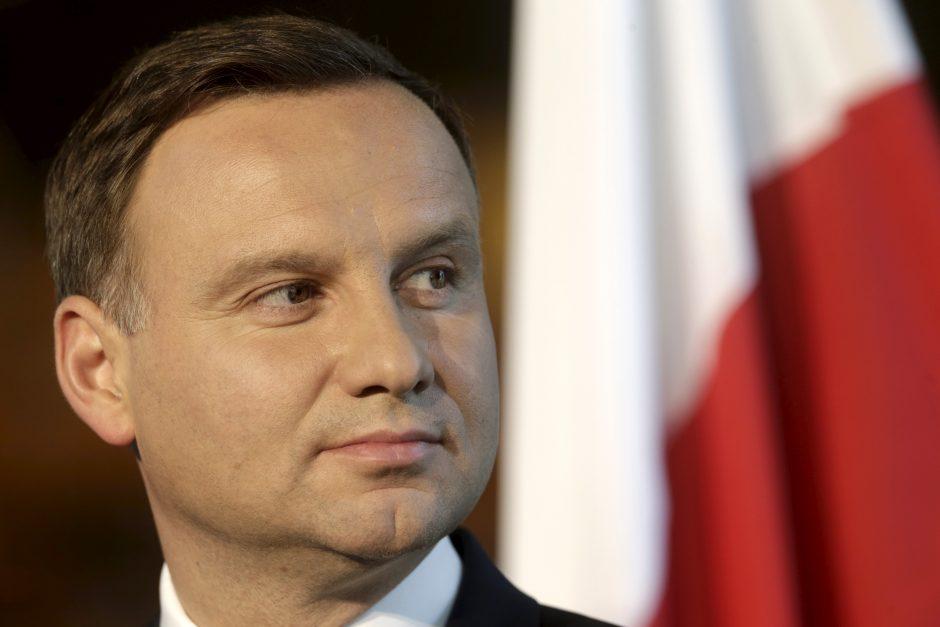 Lenkijos prezidentas laukia pasiūlymų naujai Konstitucijai