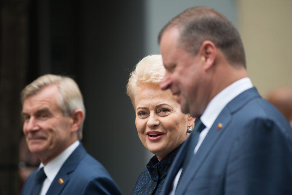 V. Pranckietis nori susitikti ir su D. Grybauskaite, ir su S. Skverneliu