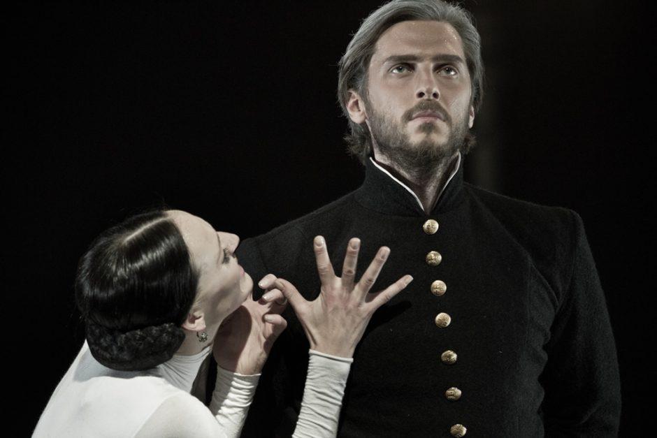 Trakų pilyje – kerinti Anos Kareninos meilės istorija