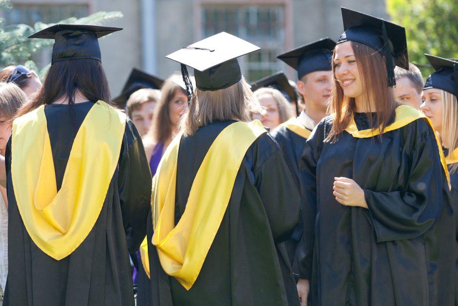Užsieniečiai studijuoti į Lietuvą nebesiveržia