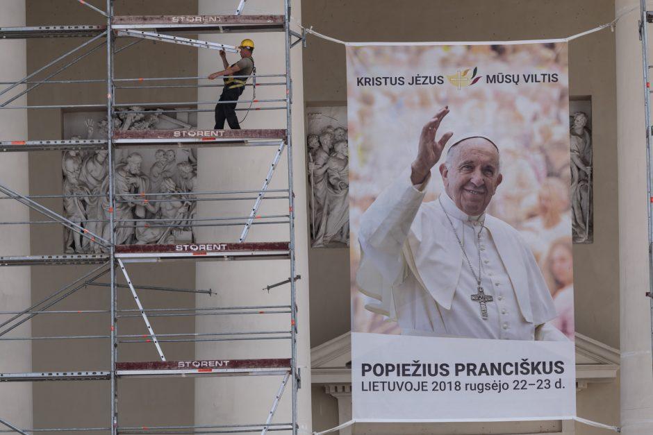 Sostinė ruošiasi popiežiaus vizitui: ribos eismą Senamiestyje