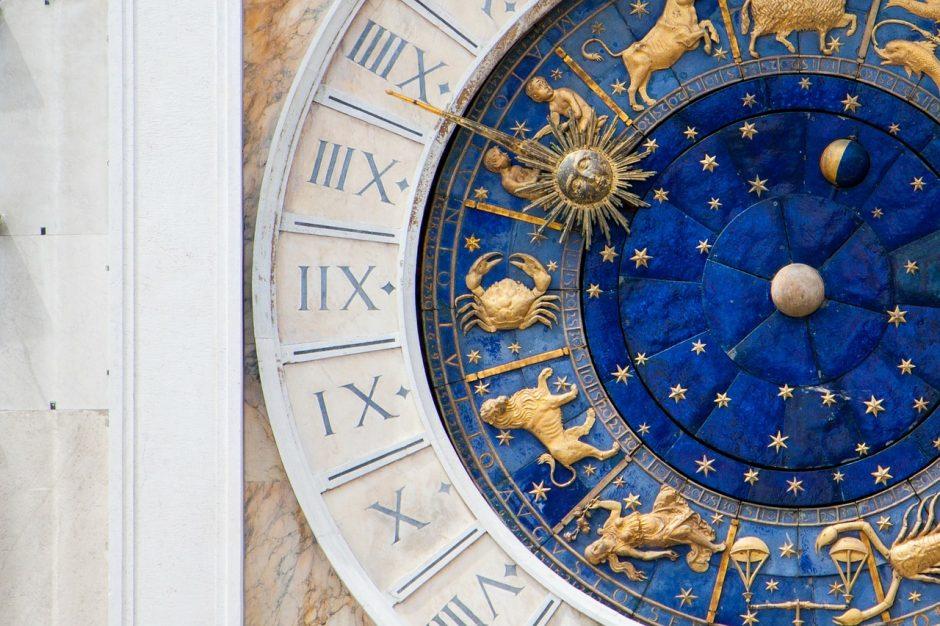 Dienos horoskopas 12 zodiako ženklų (sausio 1 d.)